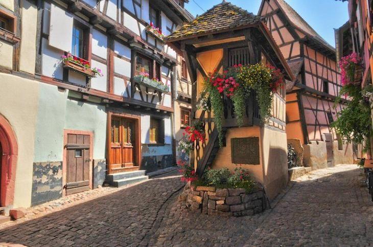 Где провести захватывающие каникулы? В маленьких городах Европы!