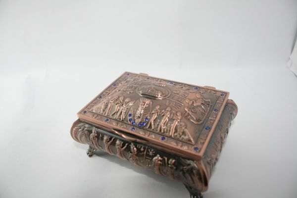 علبة فرعونية اسيا Antiques Decorative Boxes Stuff To Buy