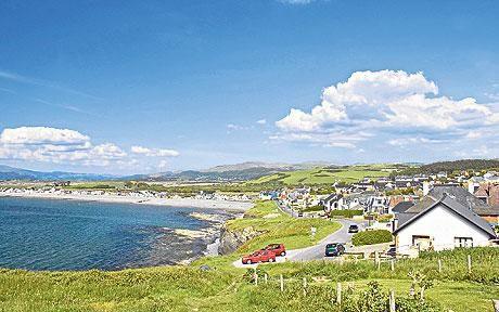 wales | Wales beach holiday: better than Cornwall?