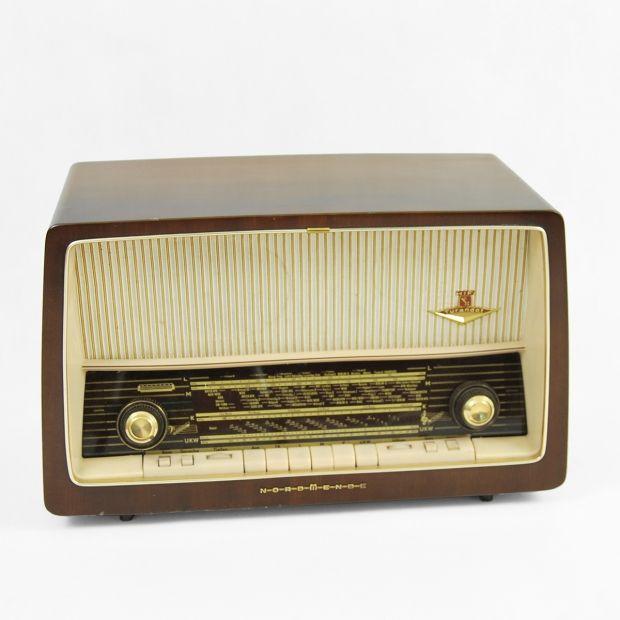 Atrapa radia Turandot D14 z 1963 roku