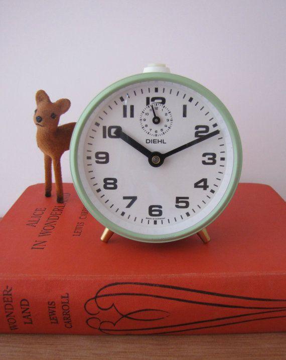 vintage-german-alarm-clock-mint-coloured