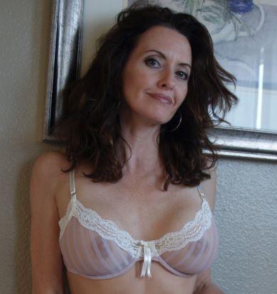 Nude Travel Companions Nude Partner Matchups  Nudist Dating