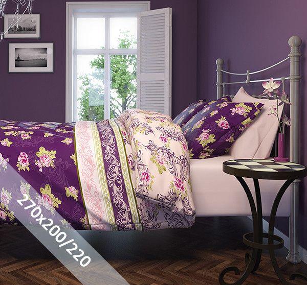 Romanette dekbedovertrek 'Rosanna' paars flanel. Een lits-jumeaux (270x200/220 cm) dekbedovertrek van flanel met als basis een paarse achtergrond. Daarop diverse patronen met bloemen en barok prints.