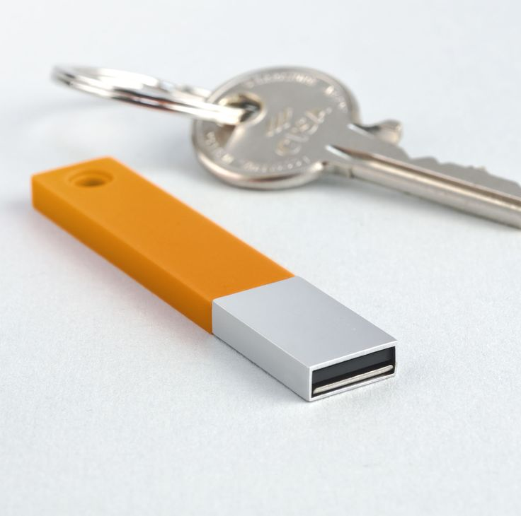 The Onesie is a simple, minimalistic one-piece USB flash drive with Silicon top part.  www.pslcanada.com