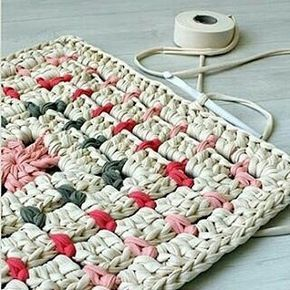 Amei!!!! @malkishuart #crochet #crochetaddict #crochê #croché #croshet #yarnlove #yarn #yarning #knitlove #knit #knitting #trapillo #ganchilloxxl #ganchillo #crocheaddict #fiodemalha #handmade #feitoamao #totora #penyeip #вязаниекрючком #uncinetto #かぎ針編み #inspiracao #inspiration #alfombra #tapetefiodemalha #rug
