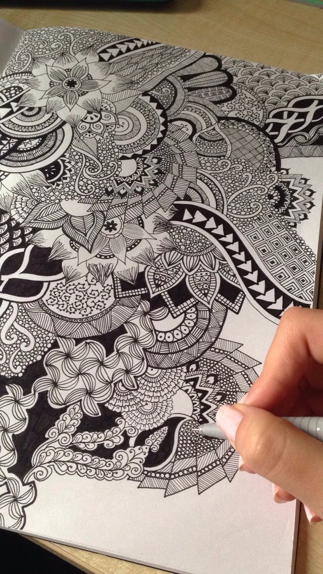 Living in a world of dots and squiggles… #Zentangle Doodles