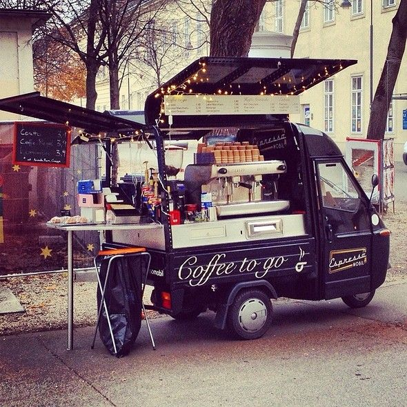 Espresso Mobil @ Campus der Universität Wien - Altes AKH. Love Coffee - Makes Me Happy  Yo quiero uno así!!!