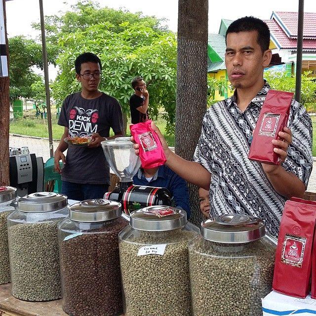 Kopi Gayo Bener Meriah Aceh Culinary Fest 2015. Taman Ratu Safiatuddin Banda Aceh.