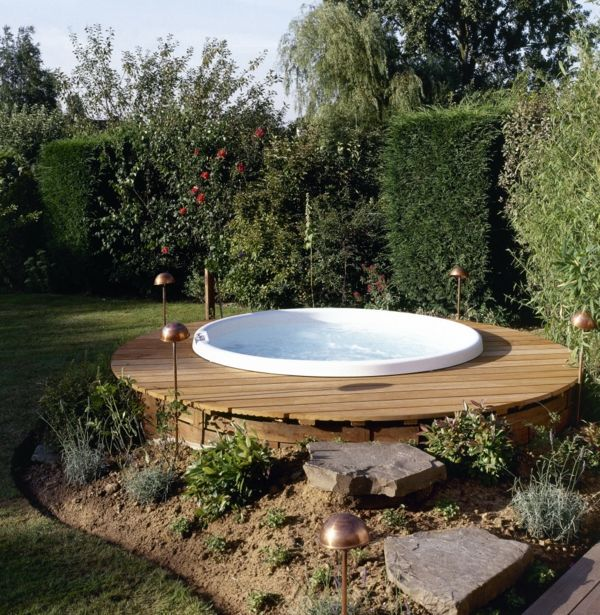 17 Of 2017's Best Whirlpool Garten Ideas On Pinterest | Badefass ... Whirlpool Im Garten Charme Badetonne