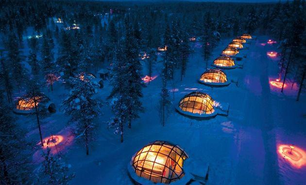 Finsko, Laponsko – vesnička skleněných iglú  Kakslauttanen