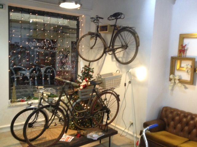 Tienda de venta & restauración de bicicletas antiguas en La Coruña, Calle vista 18 bajo