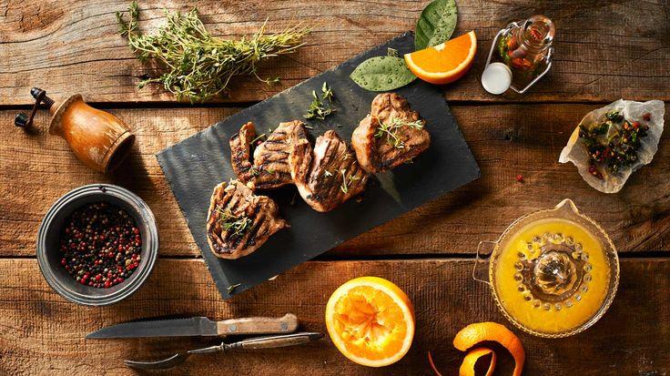 Bárárnyhús kakukkfűvel és naranccsal