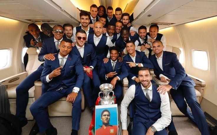 Euro 2016 : l'hommage des Portugais à Eusébio - Le Parisien