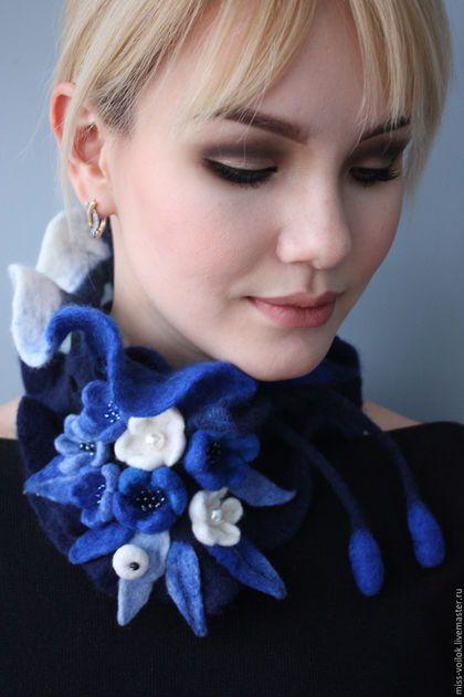 """Купить Шарф из шерсти """"Голубая акварель"""" (валяние) - тёмно-синий, Валяние, модный аксессуар"""