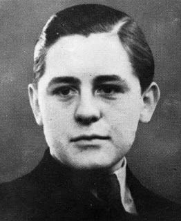10 WWII Heroes: Helmuth Hübener - At just 17 years old, Helmuth realized the Nazi lies and began making anti-Nazi pamphlets...