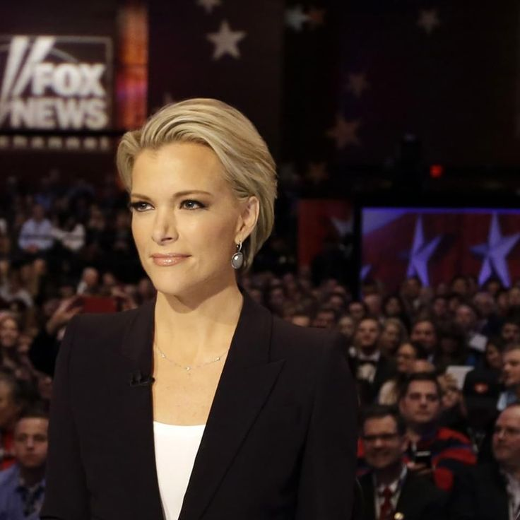 Sean Hannity gives Megyn Kelly another reason to leave Fox News