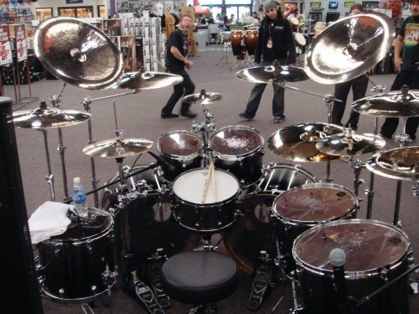 parkway drive drum kit google search drums pinterest drums drum kit and parkway drive. Black Bedroom Furniture Sets. Home Design Ideas
