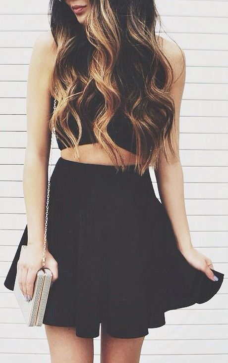 street style / all-black summer outfit