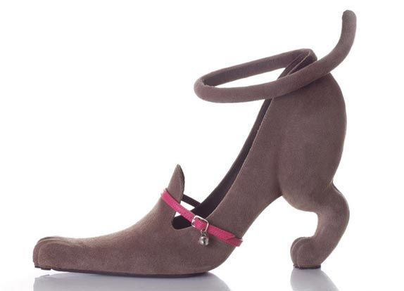 Look closely, I think it could be a dachshund!: Hush Puppies, Dogs Shoes, Shoes Design, Kobi Spread, Kittens Heels, High Heels, Cat Shoes, Hushpuppy, Cat Lady
