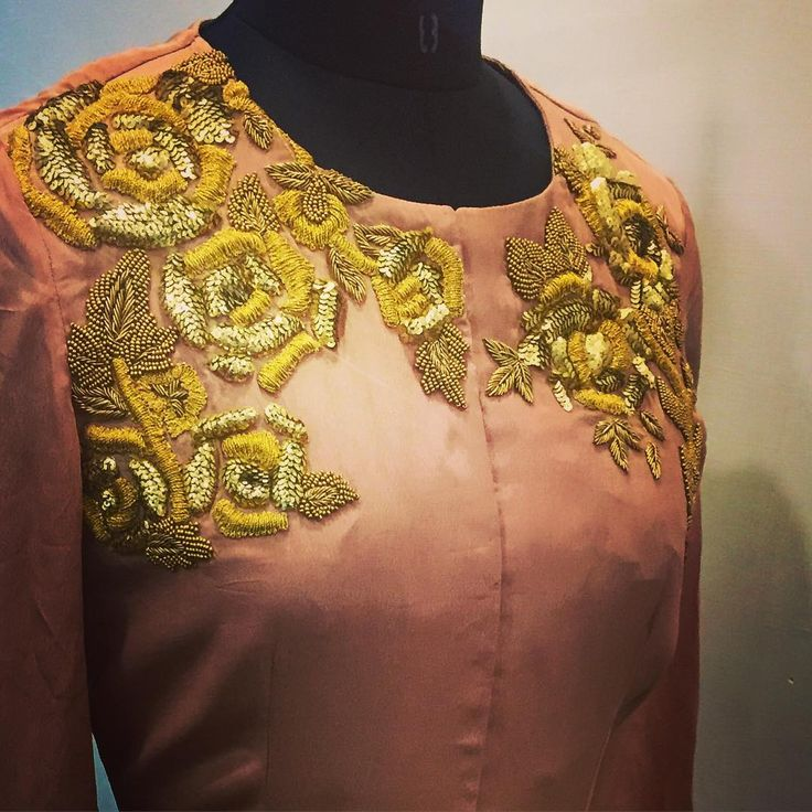 Our gold rose detailing ❤️…