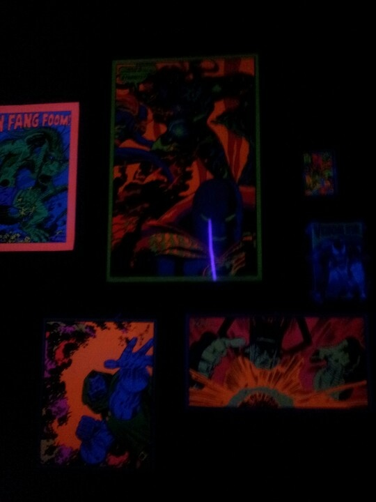 43 best images about Bedroom blaklite on Pinterest  Glow  ~ 060819_Blacklight Dorm Room Ideas