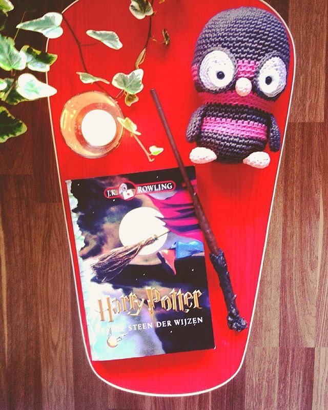 Some Harry Potter Love on this rainy evening! ⚡️ I got this copy when I was 11 years old (yeah instead of my Hogwarts letter...) I always loved the cover art for the Dutch copies. I still haven't made my mind up on which English set I want to buy though... Any recommendations?   #harrypotter #jkrowling #hogwarts #hedwig #owl #wand