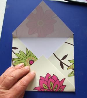 Learn how to make an envelope from a single sheet of paper! This is a quick and easy project - yet can be adapted in so many interesting ways.: Fold Bottom Point