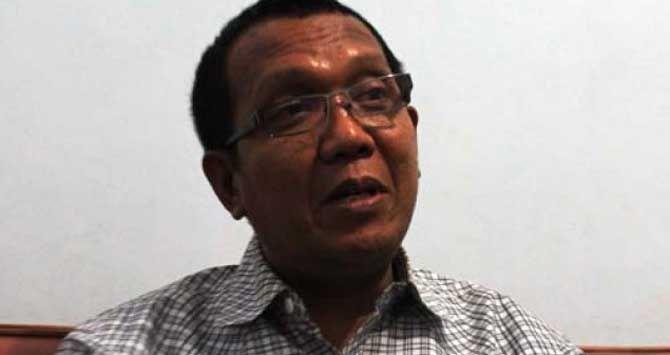 JAKARTA, (tubasmedia.com) - Partai pendukung Prabowo Subianto-Hatta Rajasa yang tergabung dalam Koalisi Merah Putih (KMP) diprediksi 'roboh' di tengah jalan.
