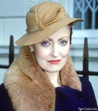 Is there anything so elegant as Pauline Moran as Miss Lemon on Poirot. Ah - her clothes...