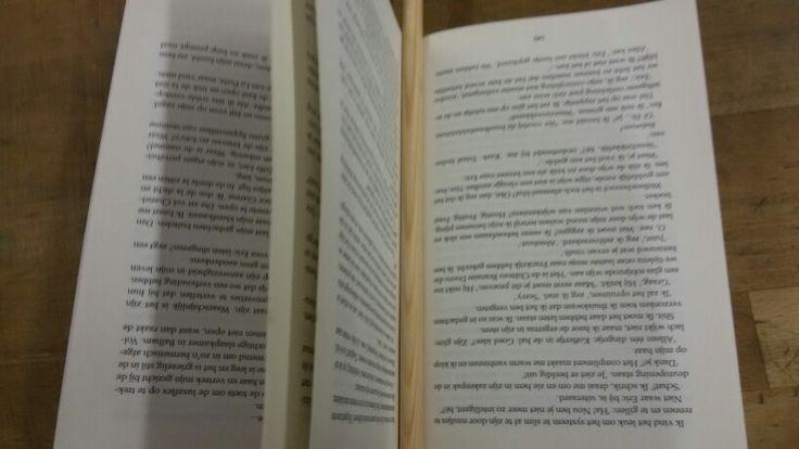 En nieuw ontwerp maken Een voetbal doel (van hout) in een boek waar ...