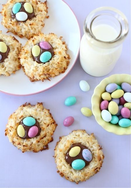 Get ready for Easter! Coconut Macaroon Nutella Nests. #Easter_Desserts #Nutella #Desserts
