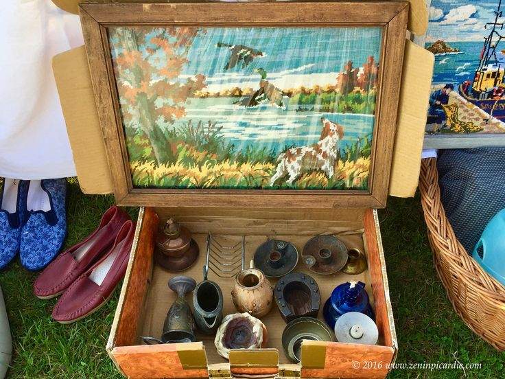 2morrow flea market 200+ booths Lamotte Warfusee near Amiens #France #SundayFunday #collectibles #decoration #antiques #yardsale #garagesale