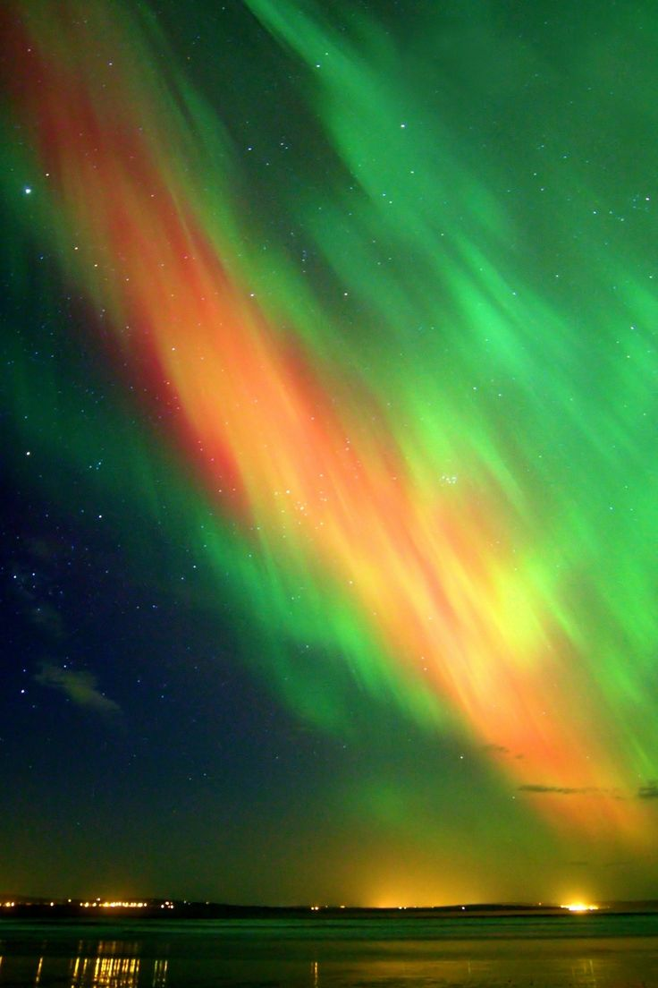 16 Absolutely Breathtaking Photos Of The Northern Lights Taken In Scotland And The North Of England & 25+ unique Northern lights scotland ideas on Pinterest | Northern ... azcodes.com