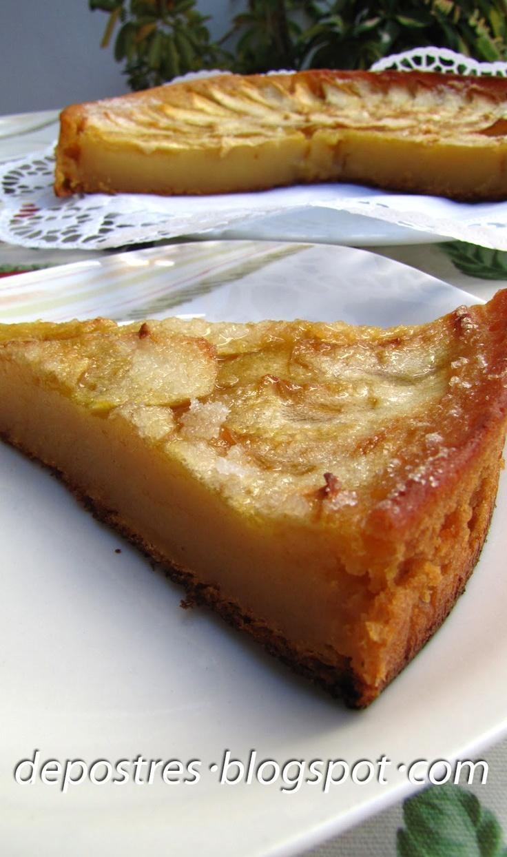 TARTA DE MANAZANA CON FLAN Ingredientes: -1 kg. de manzanas de las amarillas(creo que se llaman manzanas golden), -1 cuarto de litro de leche, -1 vaso de azúcar(el vaso es de 1/4 litro de capacidad) - 1 vaso y medio de harina - 1 sobre de flan - 3huevos, -1 sobre de levadura royal Para cubrir: azúcar o mermelada de melocotón o albaricoque. Preparación: Se bate todo con la batidora hasta que ... [continua] http://depostres.blogspot.com.es/2012/06/tarta-de-manzana-con-flan.html