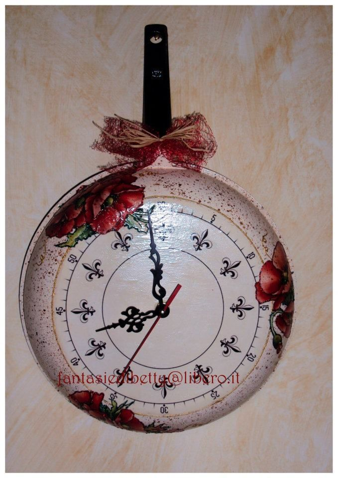 Frying pan decorated with paper Calambour Mulberry PAU 03 Poppies by fantasiedibetty@libero.it