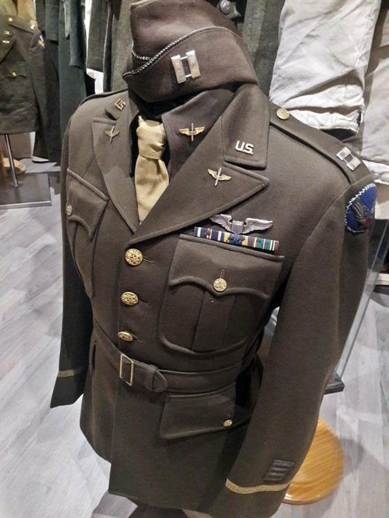 99ea71766b0 USAAC Officer Uniform (1940s)