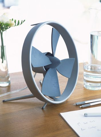 Propello fan by Black & Blum | http://www.apartmenttherapy.com/propello-table-fan-55173
