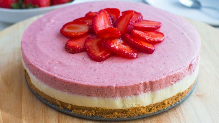 No-Bake White Chocolate Strawberry Mousse Cake Recipe