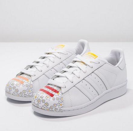 adidas Originals SUPERSTAR PHARRELL SUPERSHELL białe trampki white/yellow