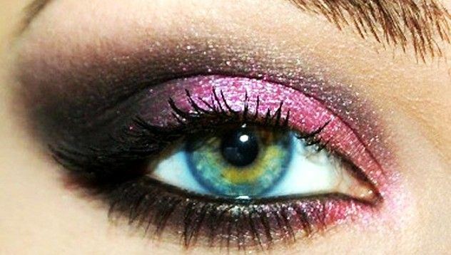 Intense coloring but funEye Makeup, Eye Colors, Eye Shadows, Blue Eye, Eyemakeup, Eyeshadows, Smokey Eye, Green Eye, Pink Black