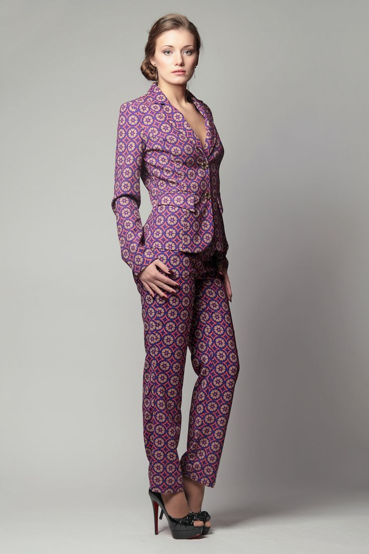 Деловой стиль элегантной женщины... Женский деловой костюм