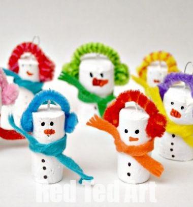 DIY Wine cork snowman - easy Christmas craft for kids // Parafadugó hóember karácsonyfadísz - kreatív ötlet gyerekeknek // Mindy - craft tutorial collection // #crafts #DIY #craftTutorial #tutorial