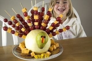 Thanksgiving Fruit Gobbler.. Have to remember these fruit kabobs.