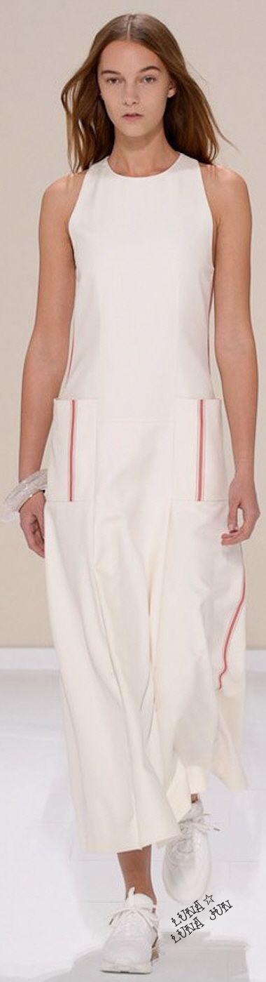 Hermès Spring 2016 ✏✏✏✏✏✏✏✏✏✏✏✏ IDEE CADEAU / CUTE GIFT IDEA  ☞ http://gabyfeeriefr.tumblr.com/archive ✏✏✏✏✏✏✏✏✏✏✏✏