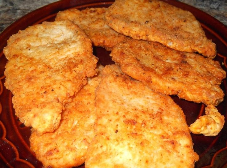 Another favorite of my family that dates back to my grandmother, these chops come out so crispy and delicious. I serve them with mashed potatoes, a veggie, and sawmill gravy.  A great comfort meal any time! This recipe is very similar to my Crispy Southern Fried Chicken recipe. I found that it works very well with pork chops, too. Hope you enjoy these chops as much as we do.