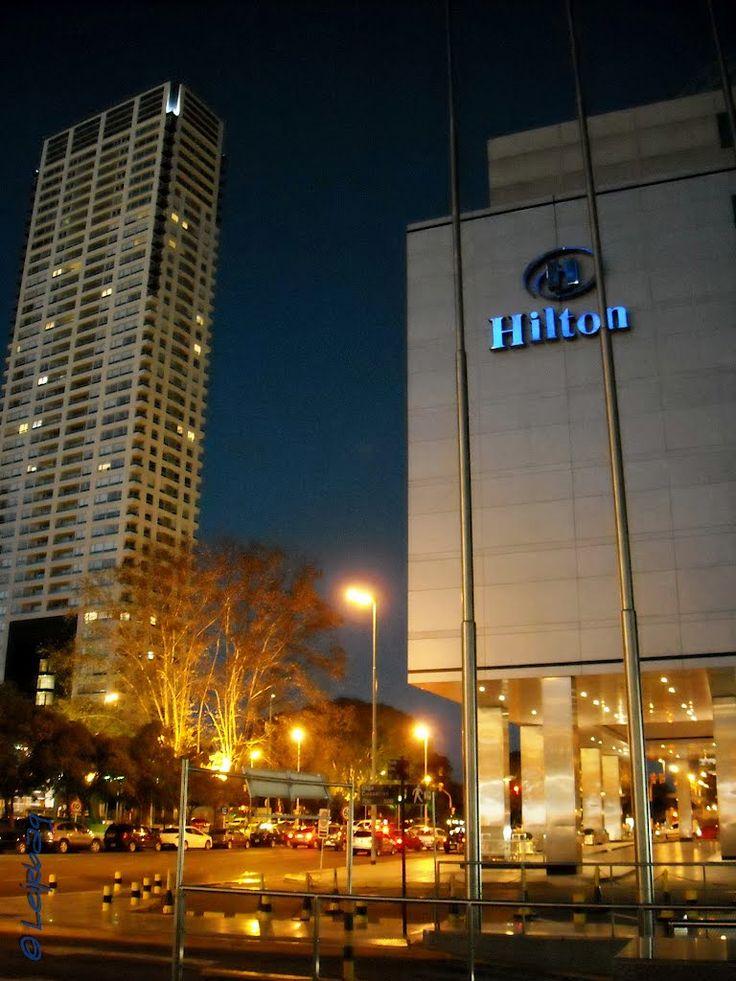 Hotel Hilton Buenos Aires de noche
