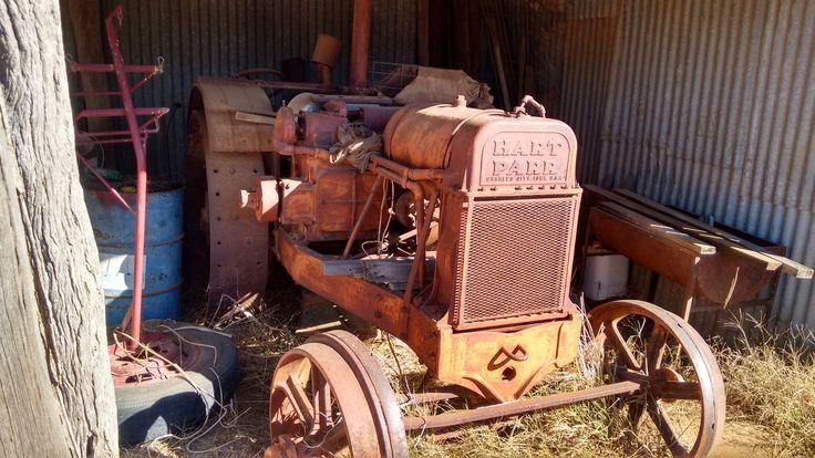 Hart Parr Barnfind | Old tractors, Antique tractors, Barn ...