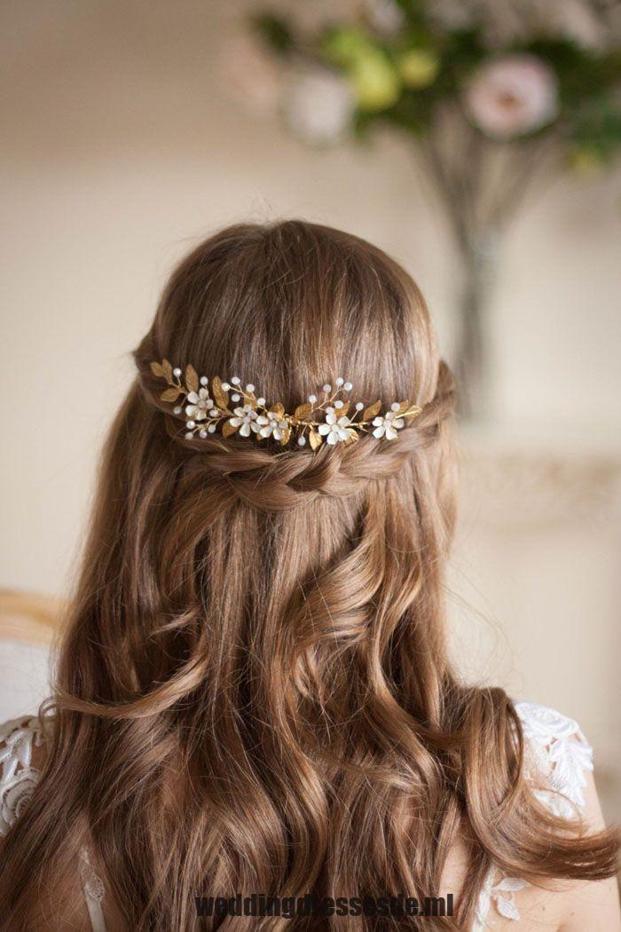 Dieses Blumen Und Goldrebenkammkopfstuck Von Annamarguerite