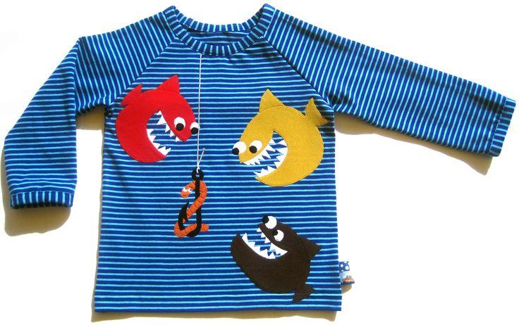 Ein (nicht ganz so offensichtliches) Geburtstagsshirt.   Die Idee hab ich von hier: http://terapiahuone.blogspot.de/2011/06/ahneet-kalat.html
