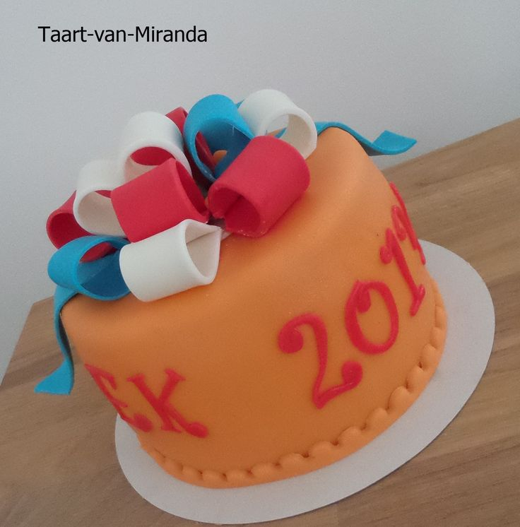 Cake Art Miranda : 17 Best images about Taart van Miranda on Pinterest ...